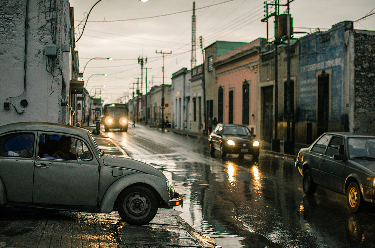 merida_mexico_rain_vw_car