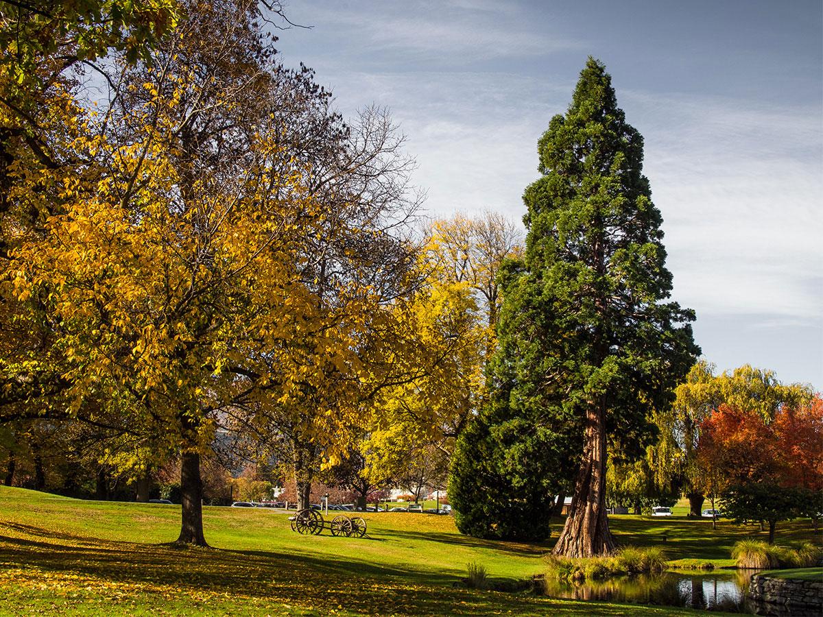 arrowtown-new-zealand-autumn-millbrock