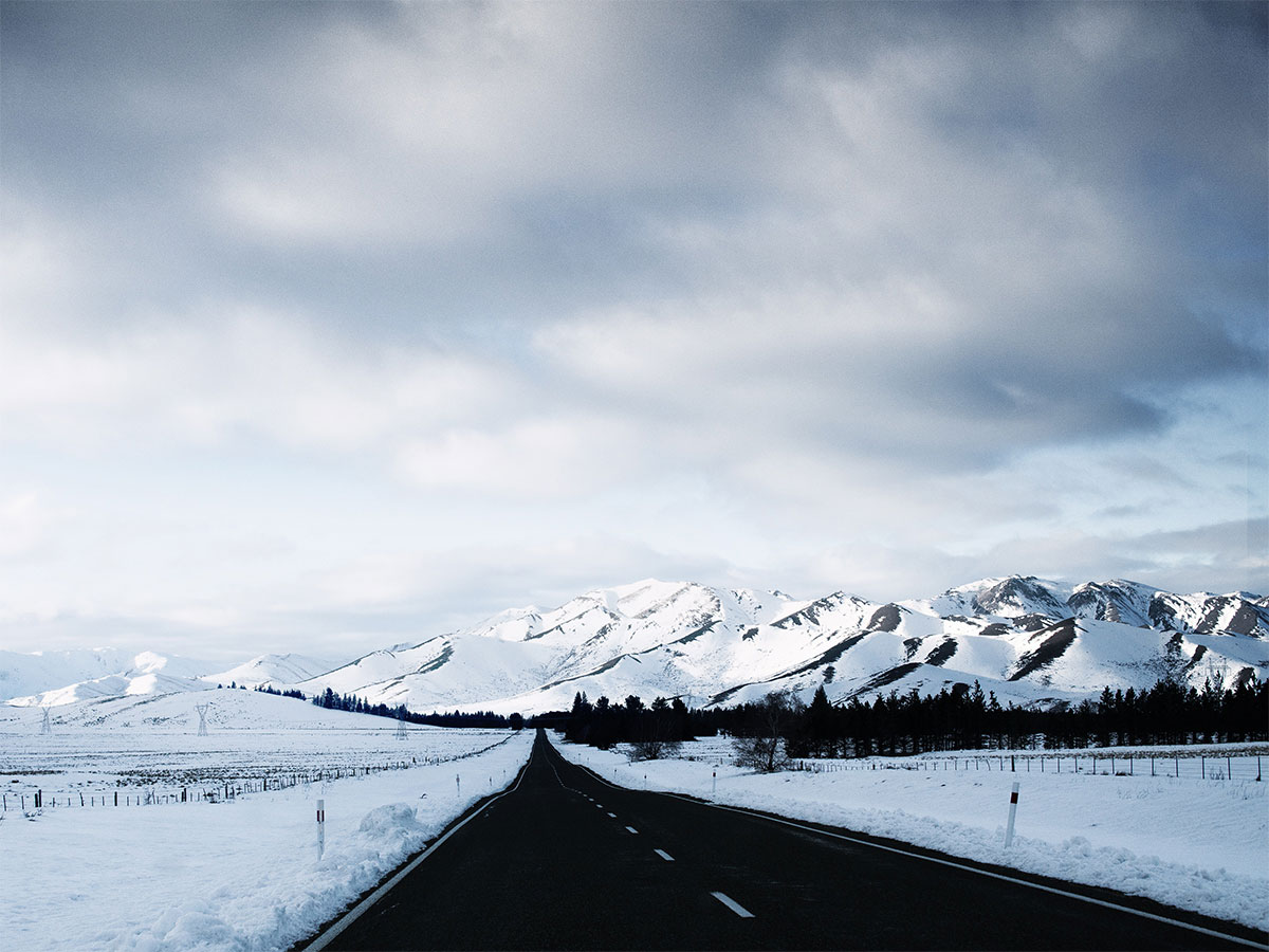 new_zealand_canterbury_road_alps_snow