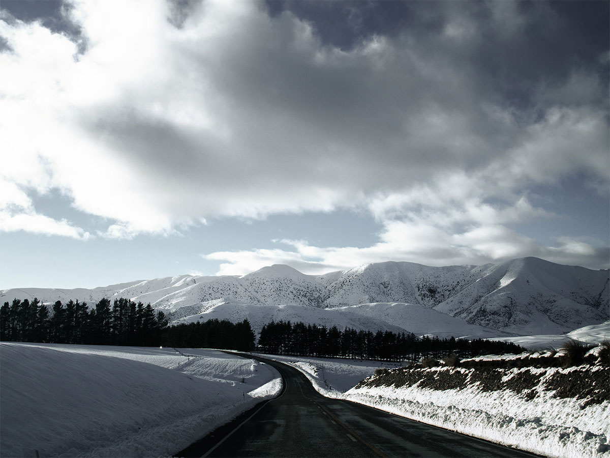 new_zealand_canterbury_road_alps_snow2