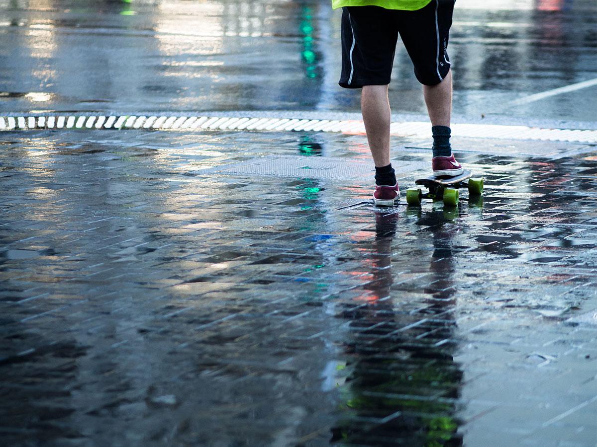 auckland_skateboarding_wet_rain