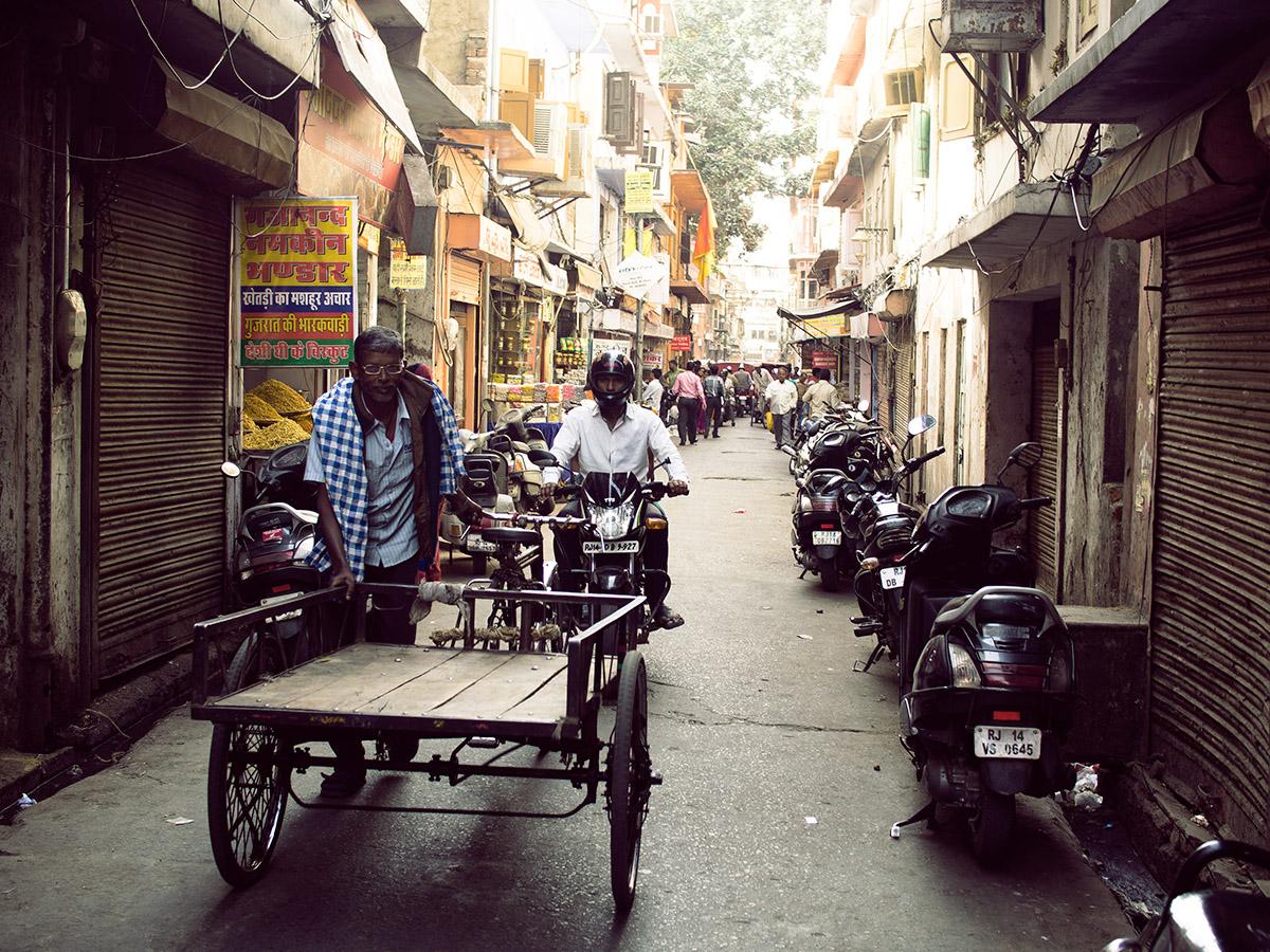 india_street_life