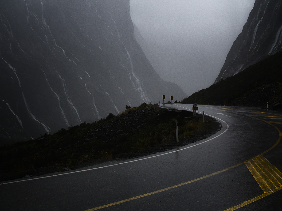 road_to_milford_sound2_new_zealand